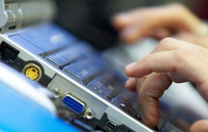Previstos 672 cursos de formación en competencias digitales para más de 10.000 andaluces