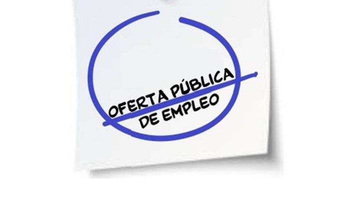 Convocadas 5 plazas de Auxiliar Administrativo y 1 de ITA (Ayto. de Torrox)